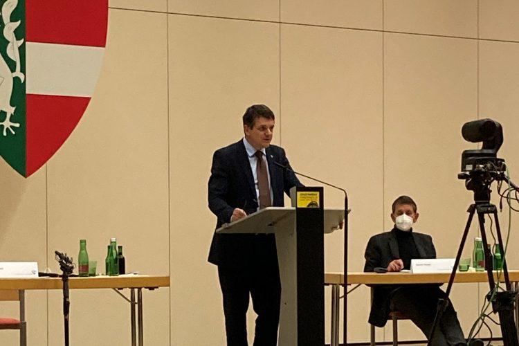 Gemeinderatssitzung am 3. Dezember 2020. Bürgermeister Franz Jost (ÖVP) und Vizebürgermeister Harald Peindl (Die Grünen)